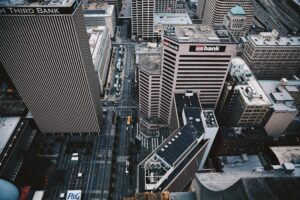 business-banking-blog-feature-image-high-rise-banking-buildings-in-city